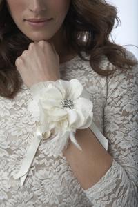 wedding corsage alternative